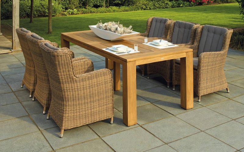architecture-backyard-chairs-238377-min
